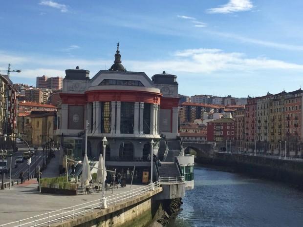 Bilbao Basque Country Vizcaya Pais Vasco planes en Bilbao Mercado de la ribera